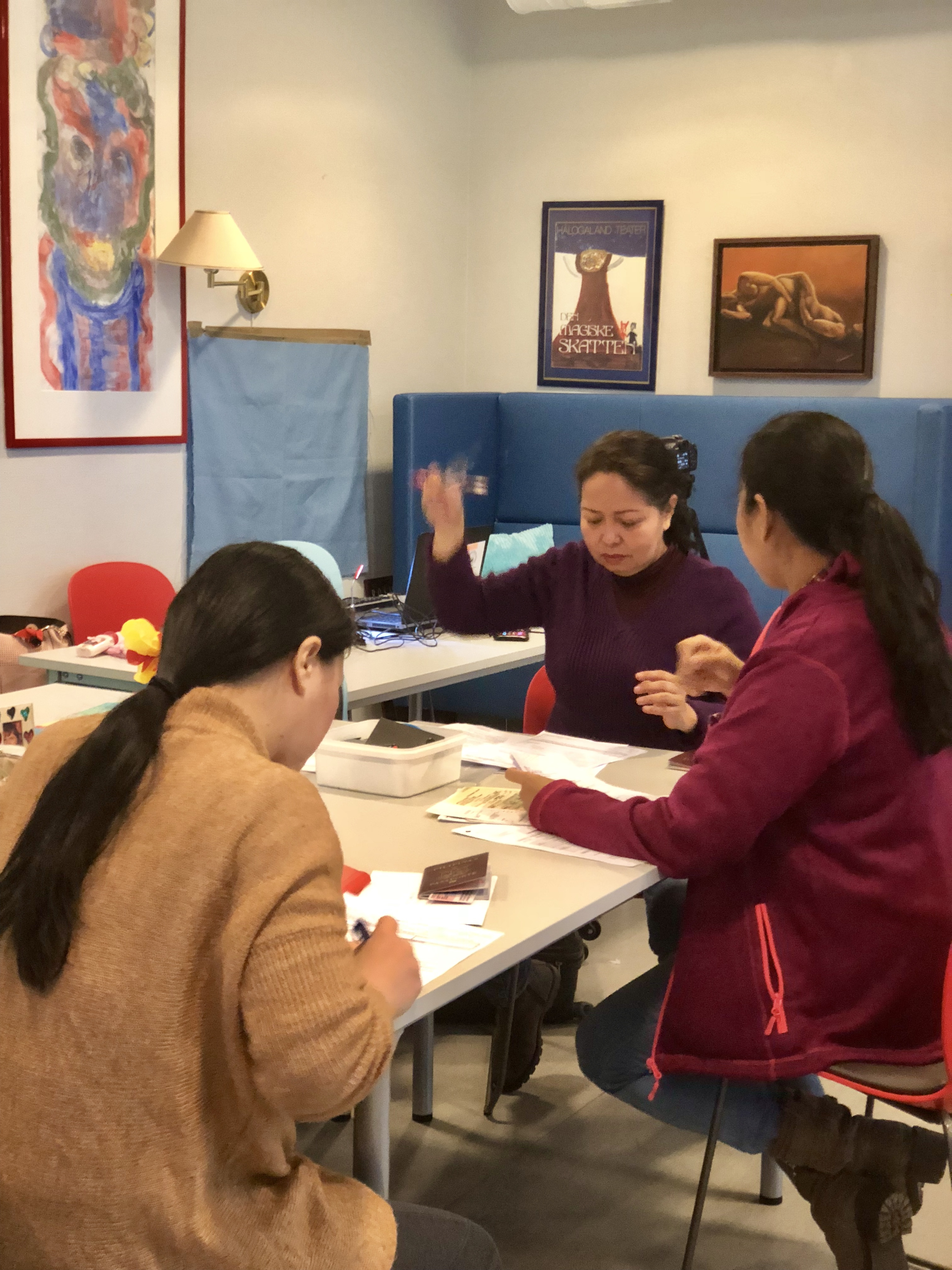 The consular team extends consular services to the Filipinos in Tromsø.