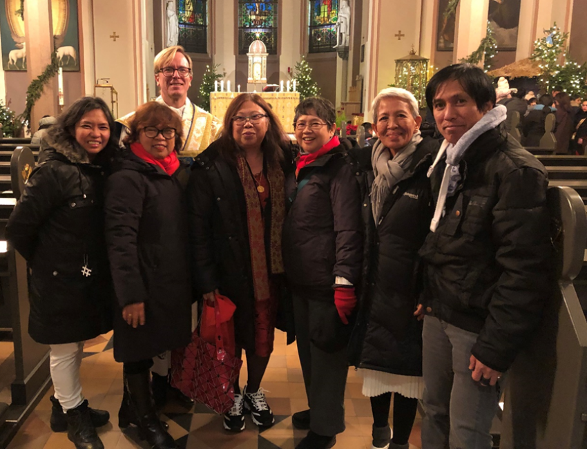 Philippine Ambassador and Embassy Personnel Attend New Year's Day Mass with FilCom in Oslo